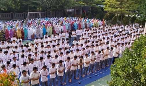 Sholat Dhuha Bersama dan MUI Goes to School