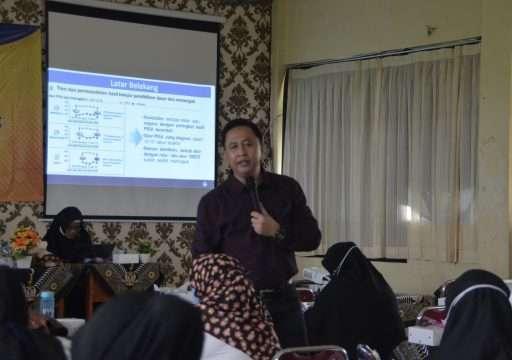 """Workshop """"Penilaian dan pengembangan soal HOTS, Persiapan AKM dan Survey Karakter"""""""